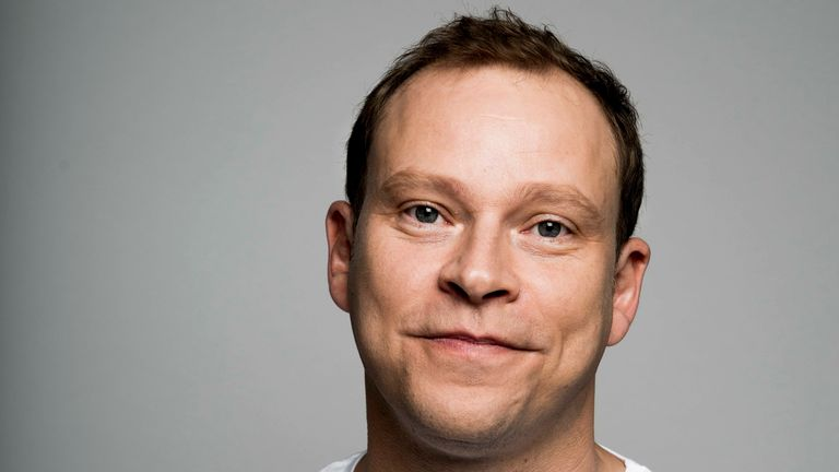 Robert Webb headshot