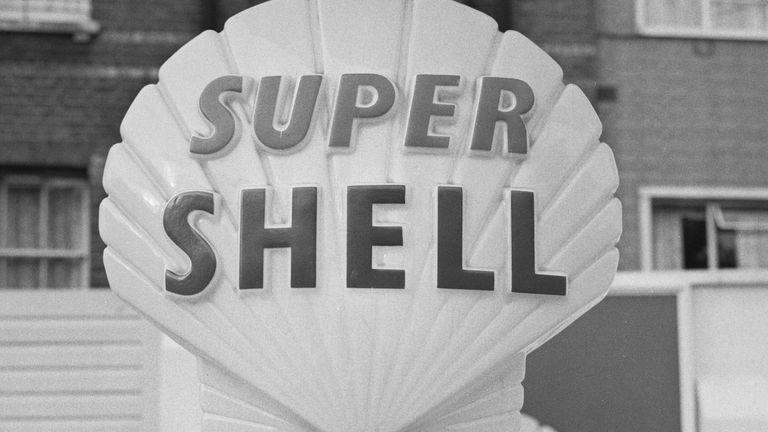 A Super Shell petrol pump, UK, 27th June 1963.