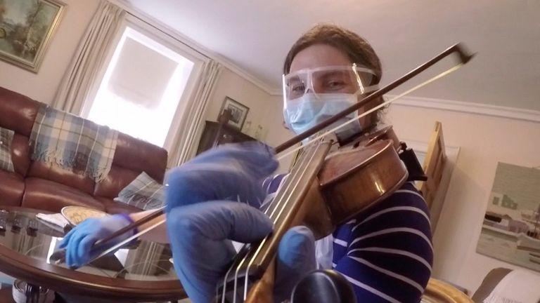 violin playing GP