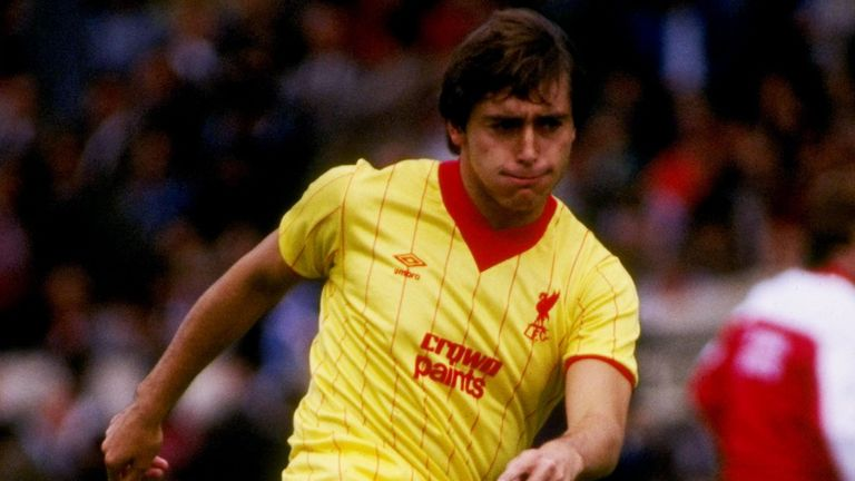 Michael Robinson, former Liverpool and Brighton player, dies aged 61