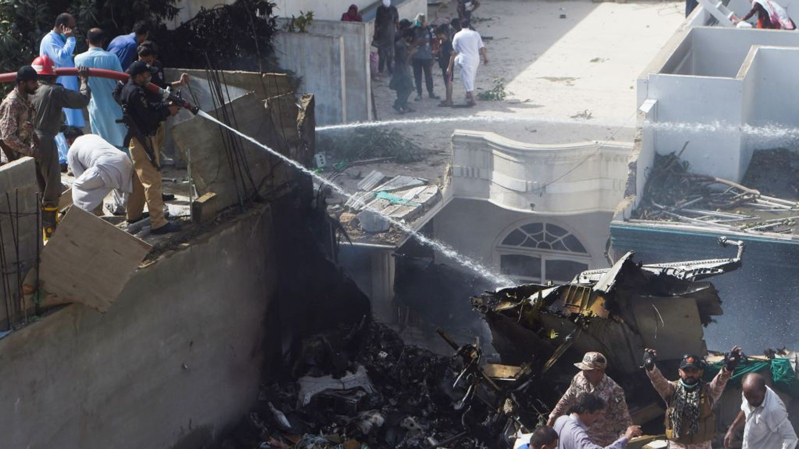 pakistan plane crash - photo #7
