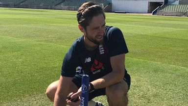 Woakes returns to individual training