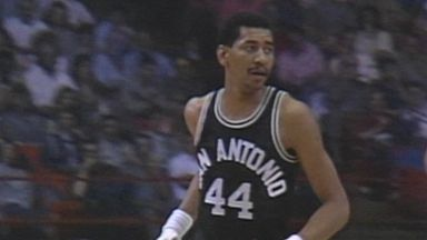NBA Retro: Gervin explodes for 41