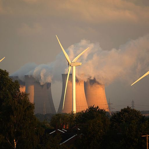 Renewable energy overtakes fossil fuels in powering Britain