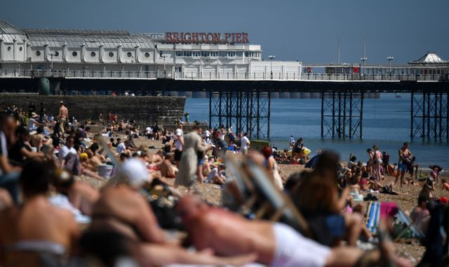Coronavirus: People urged to stay away from UK beaches over bank holiday weekend