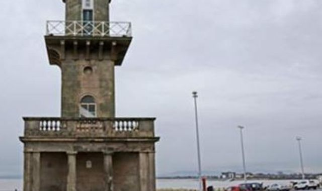 Man dies and two rescued after boat sinks off coast at Fleetwood