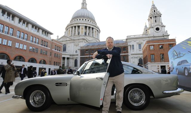 Aston Martin boss to step down in wake of COVID-19 sales hit