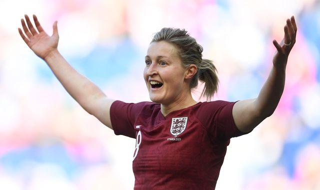 Wayne Rooney, Edinson Cavani, Abby Wambach- Ellen White creates her perfect striker