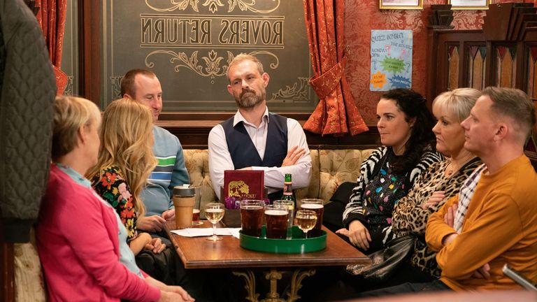 Ep 9937 Wednesday 27th November 2019 - 2nd Ep Nick Tilsley, as played by Ben Price, tries to convince the factory girls there's more money in packing, Sarah Platt, as played by Tina O'Brien, reveals she's got a better plan to make bespoke products and sell them direct to the public. The girls and Nick are impressed.