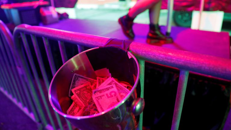 Strip club offers drive-thru service during US lockdown