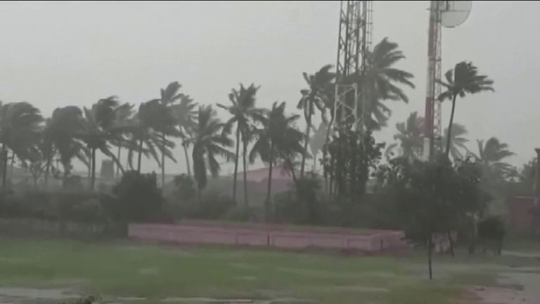 Millions evacuated: Cyclone to hit East India