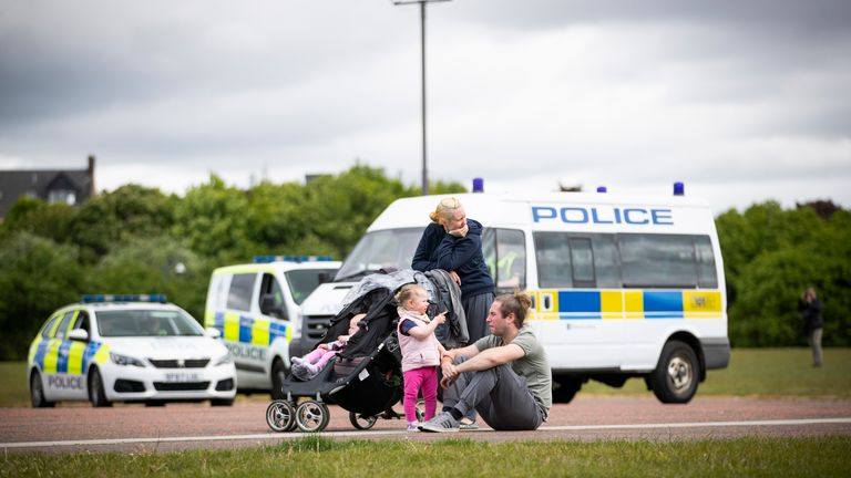 Members of the public in Glasgow Green whilst Scotland remains in lockdown to help prevent the spread of coronavirus.