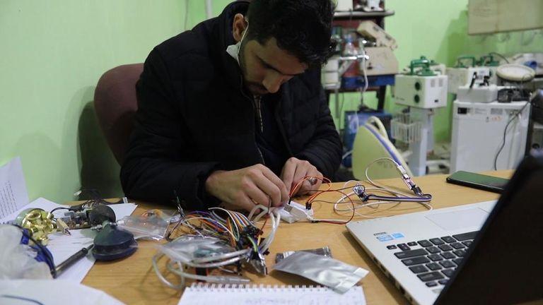 Yemen, engineer Luai Taha Al-Mahbashi, recycles equipment