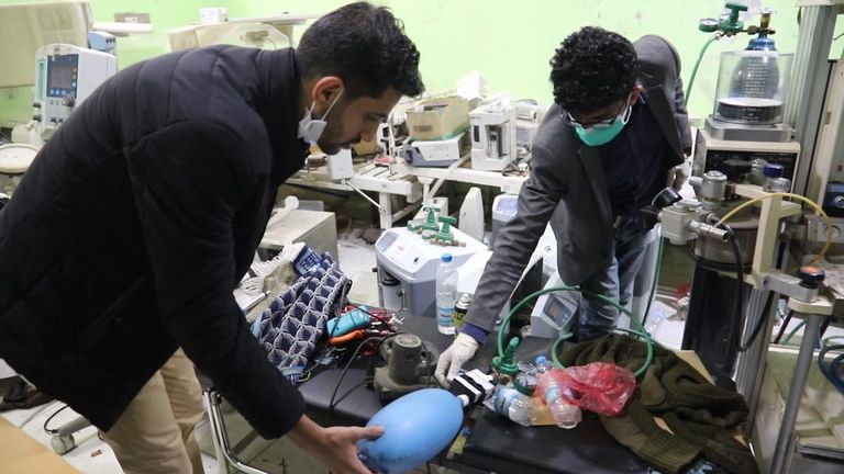 Luai Taha Al-Mahbashi, recycles medical equipment