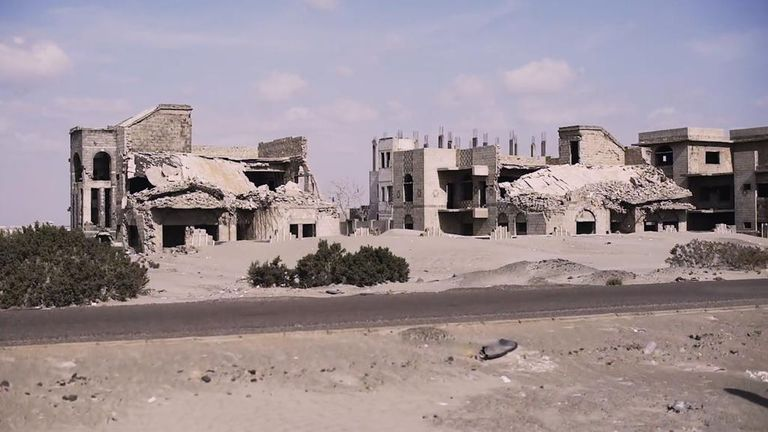 Yemen, ruins on the road out of Aden