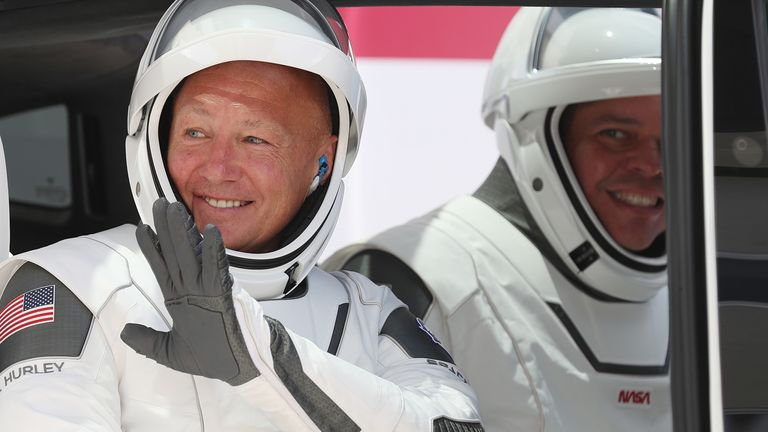 Bob Behnken (right) and Doug Hurley before boarding the SpaceX Falcon 9 rocket