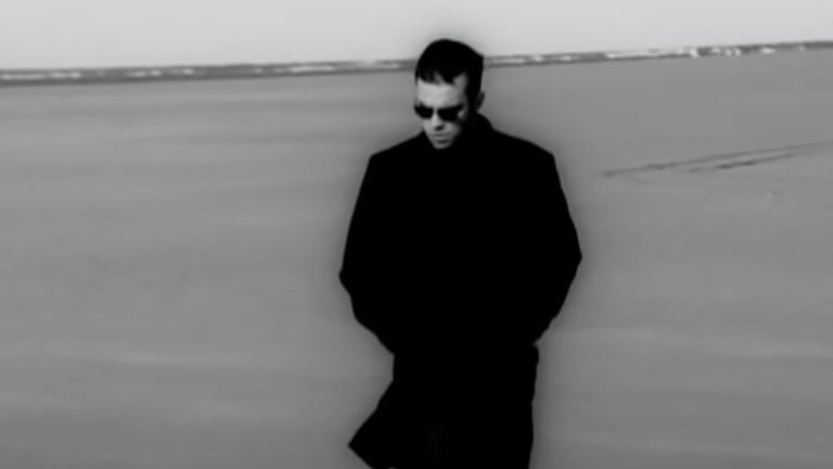 Robbie Williams in the Angels video. Pic: Robbie Williams/YouTube
