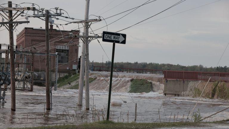 Floodwaters overflow at Sanford Dam, Michigan