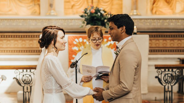 Rev Mia Hilborn conducted the wedding at St Thomas' historic chapel. Pic: Rebecca Carpenter Photography.
