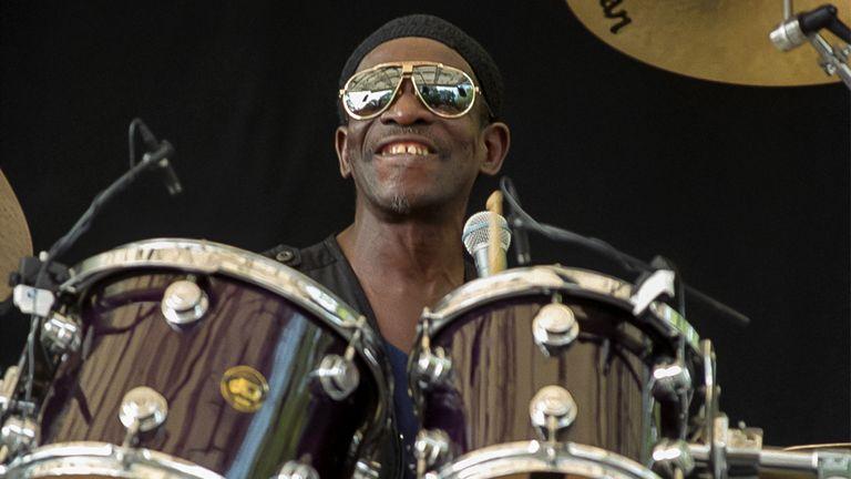 Allen performing in Central Park, New York, in June 2000