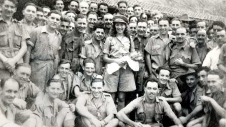 Mandatory Credit: Photo by Bill Lovelace/Daily Mail/Shutterstock (1059760a)