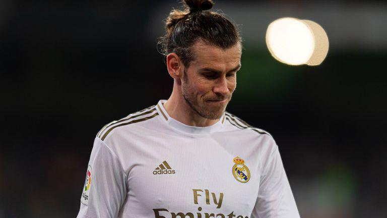 Gareth Bale questions critics of golf hobby