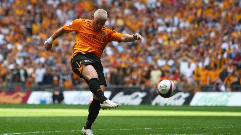Dean Windass and Fraizer Campbell recount Hull's Championship play-off final victory over Bristol City in 2008.
