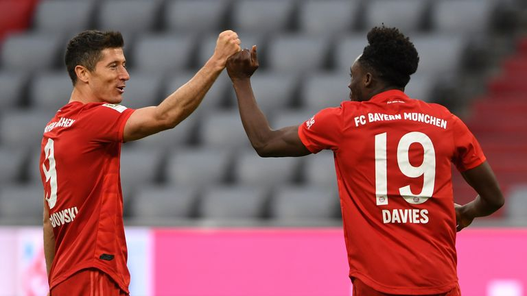 Robert Lewandowski added Bayern's third