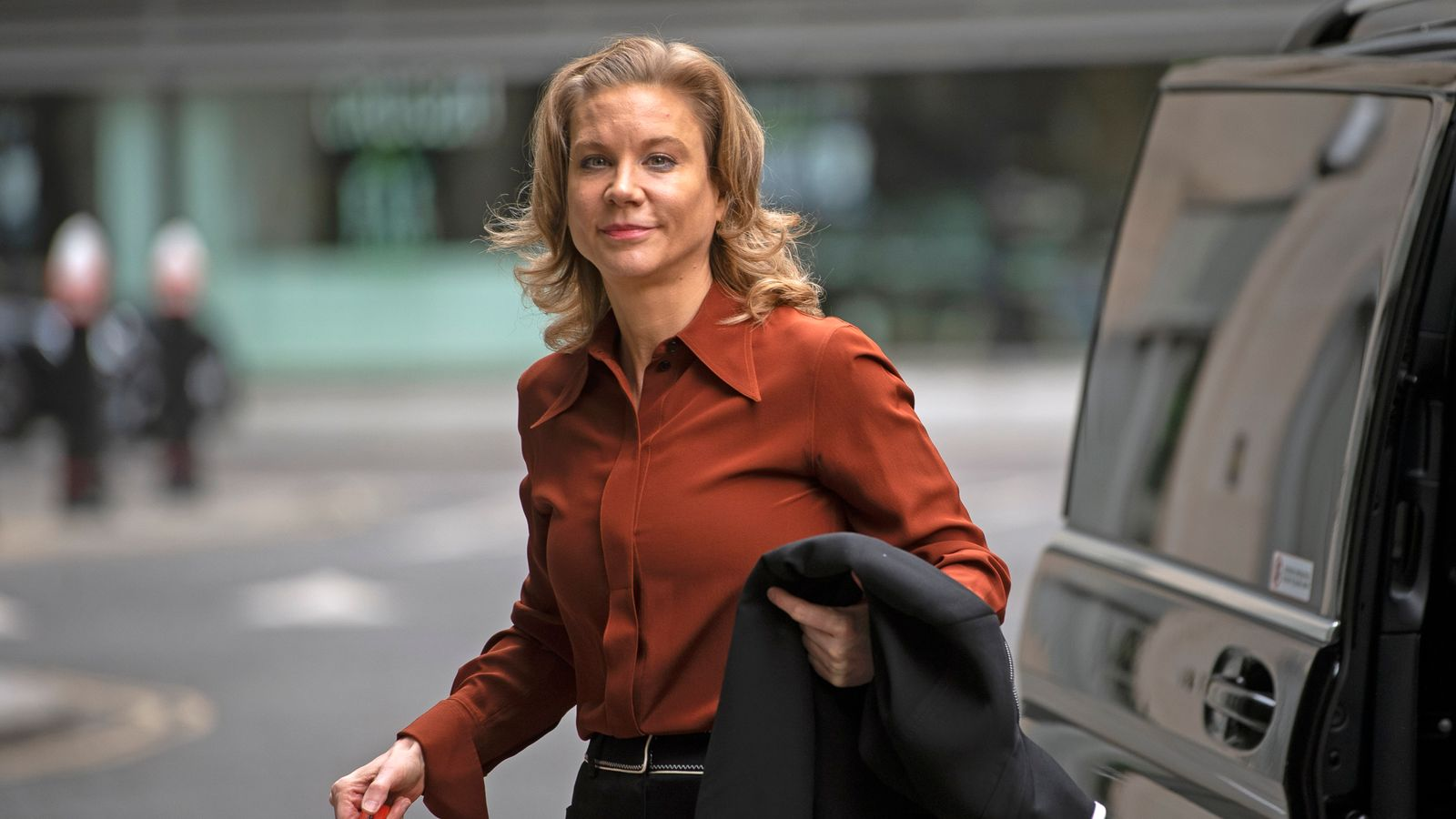 Banking lobby chief apologises for 'wrong' remarks about Staveley | Business News