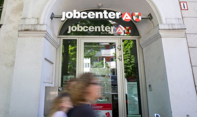 Coronavirus: Job support schemes limit surge in eurozone unemployment