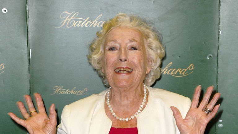 LONDON, ENGLAND - AUGUST 25:  Dame Ver Lynn attends a photocall and book signing at Hatchards on August 25, 2009 in London, England.  (Photo by Ferdaus Shamim/WireImage)