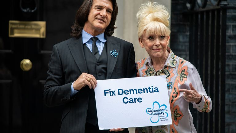 September 2019: Scott Mitchell and Dame Barbara deliver a letter to the prime minister called for better dementia care