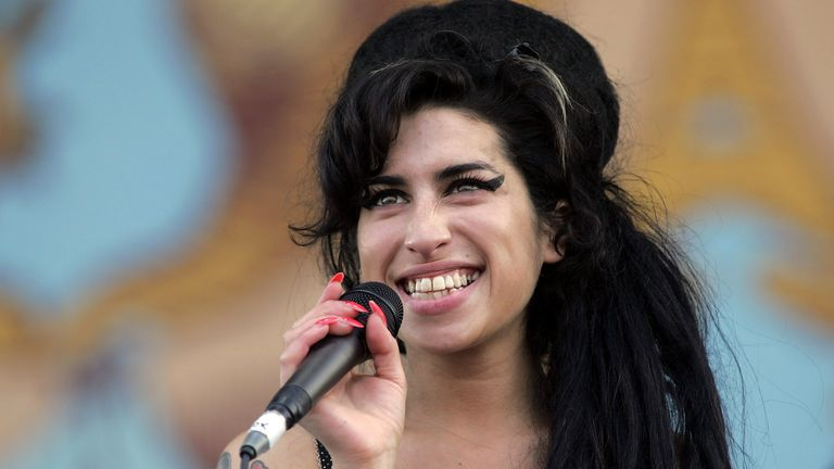 Amy Winehouse performs on stage on the second day of the Isle of Wight Festival 2007
