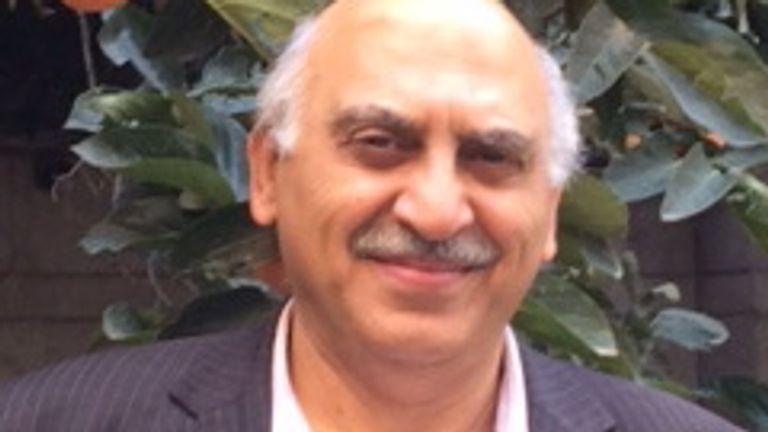 انوشه عاشوری 66 ساله در ایران بازداشت شده است