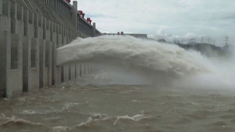 China releases flood waters from reservoir