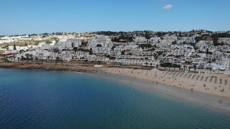 Madeleine vanished from Praia da Luz in 2007