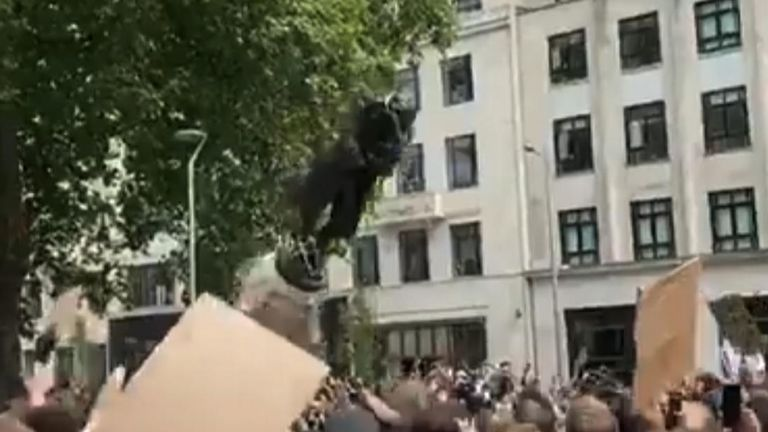 The statue comes down in Bristol. Pic: Artemis D Bear