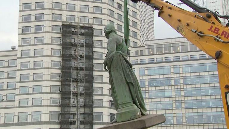 statue removed in london