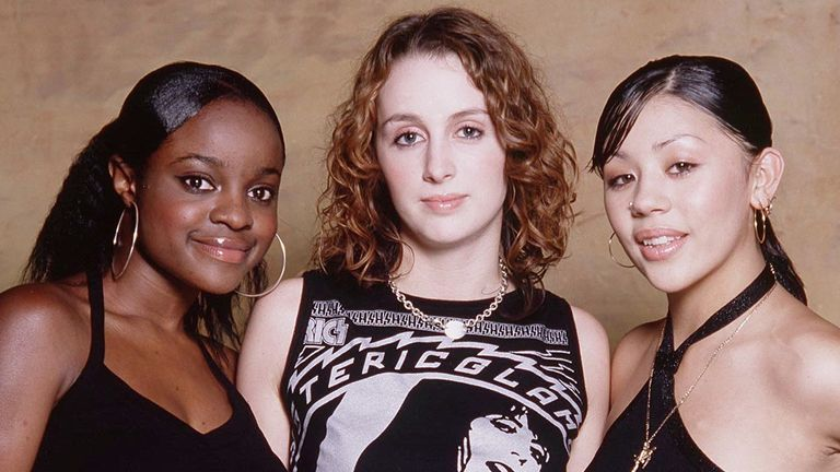 Sugababes left to right Keisha Buchanan (16), Siobhan Donaghy (17), Mutya Buena (16)