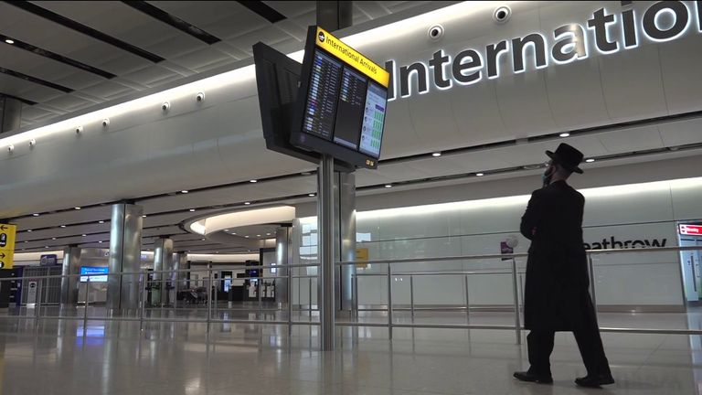 UK travellers quarantine arrivals