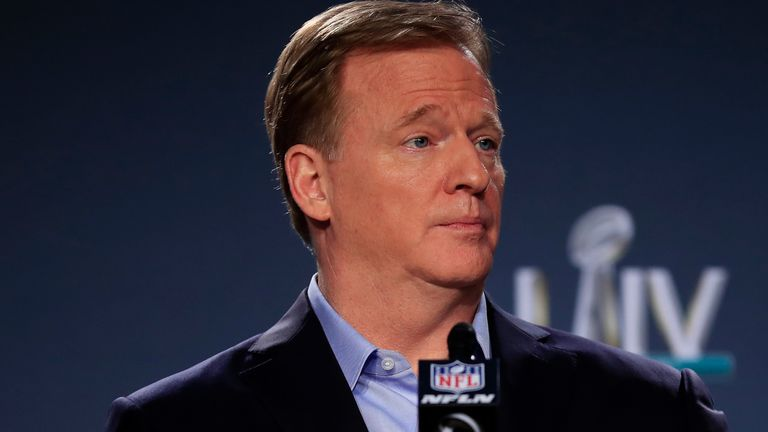 Donald Trump reopens anthem debate with tweet aimed at Roger Goodell