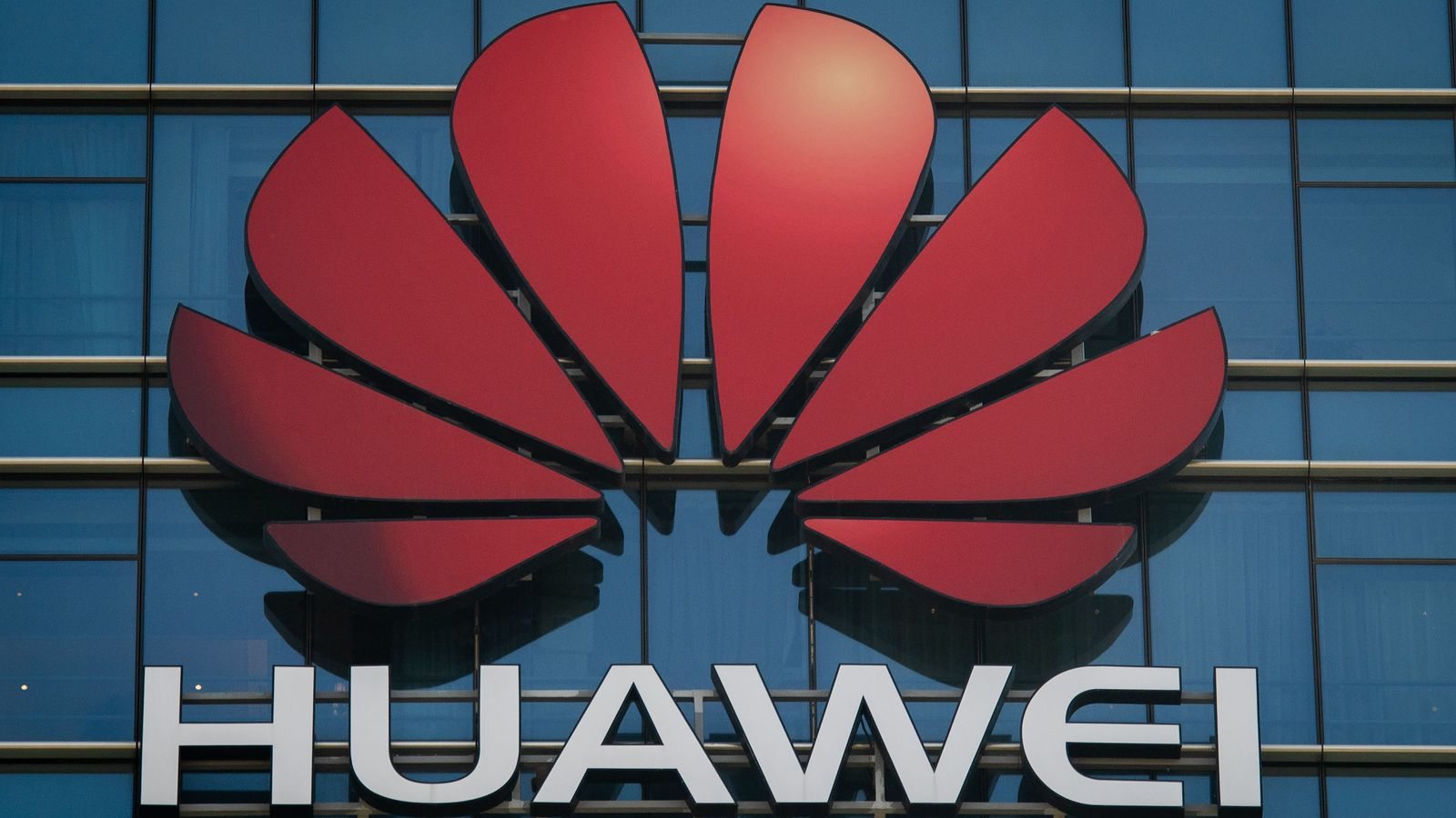 Task force to find Huawei replacement in 5G networks launched