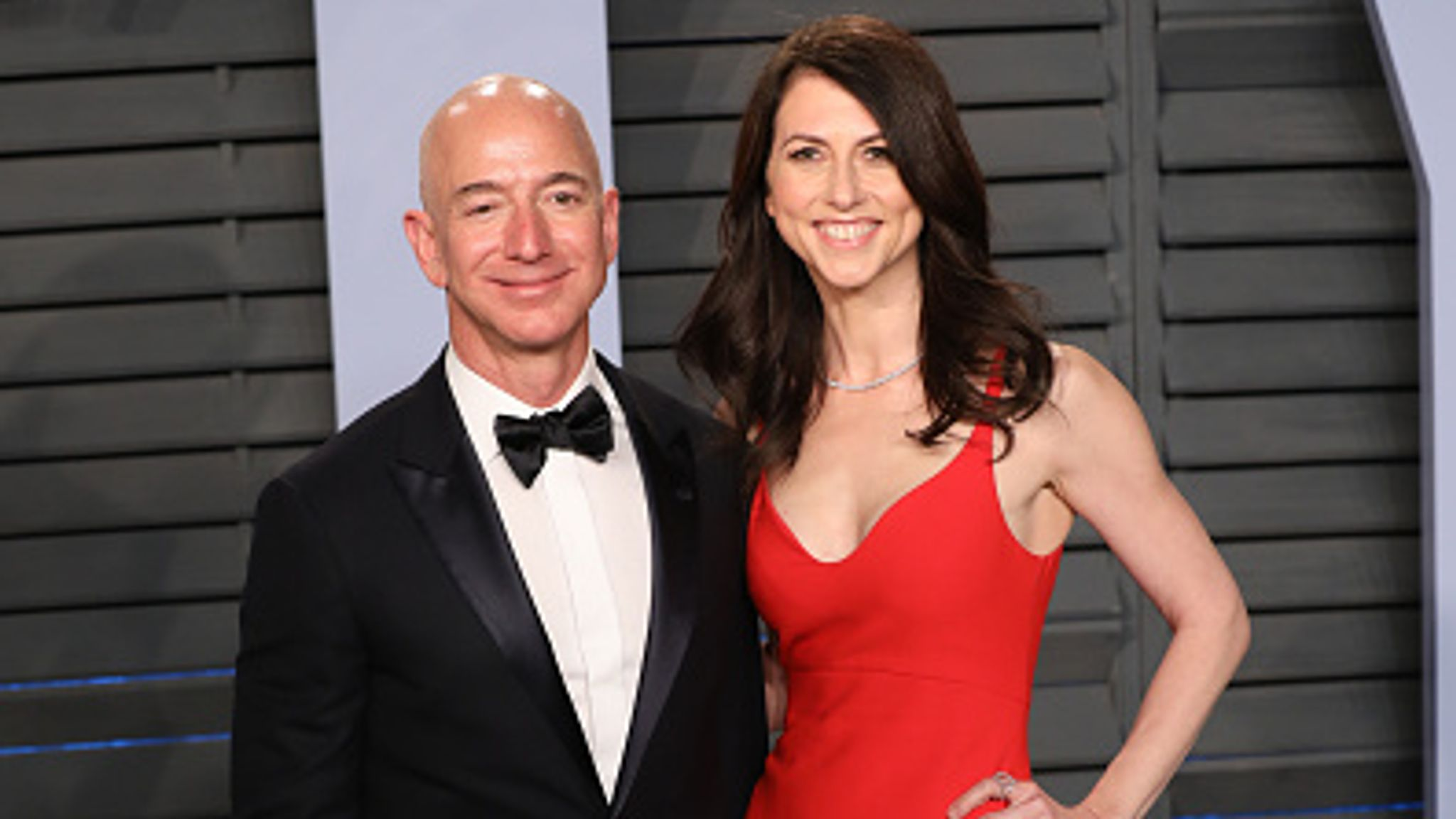 Ex Wife Of Jeff Bezos Donates 1 32bn To Charity After Amazon Shares Increase In Lockdown World News Sky News