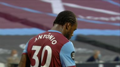 Antonio goes close (13)