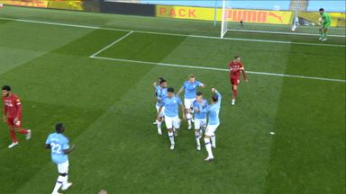 De Bruyne pen gives City the lead! (25)