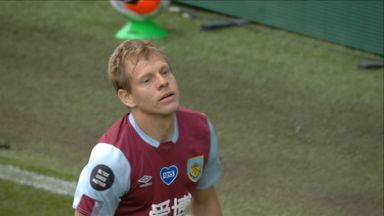 Big chance for Vydra (10)