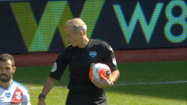 Grealish denied penalty by VAR (47)