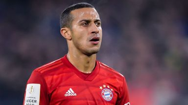 Neuer hopes 'important' Thiago stays