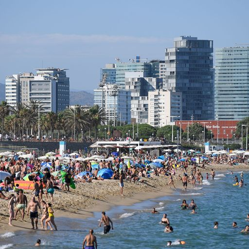 'Absolutely devastated': Holidaymakers angry and confused over Spain travel U-turn