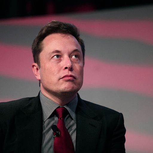 Elon Musk fakes steal thousands a day through Twitter
